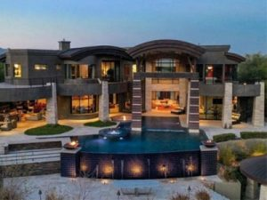 luxury homes and waterfront mansions Las Vegas and Henderson selling a home in Nevada